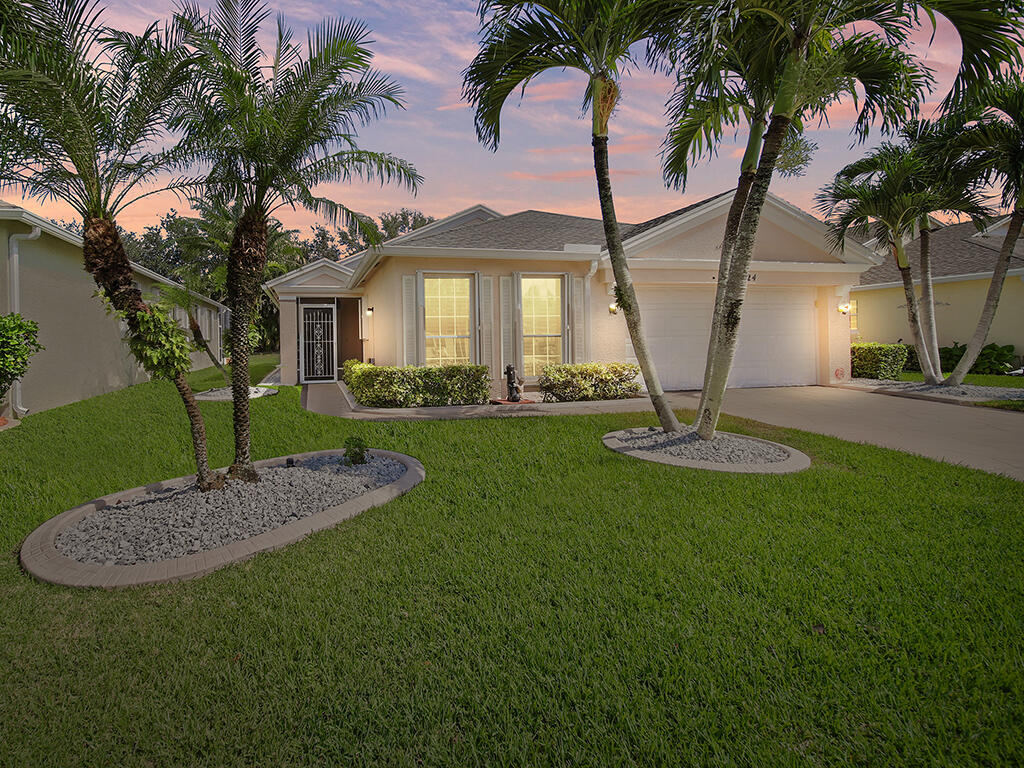324 Sw North Shore Boulevard, Port Saint Lucie, FL 34986