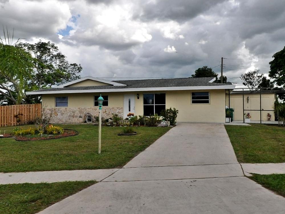 106 Se Placita Court, Port Saint Lucie, FL 34983