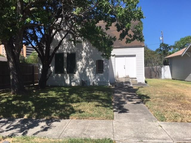 1726 Santa Fe St, Corpus Christi, TX 78404