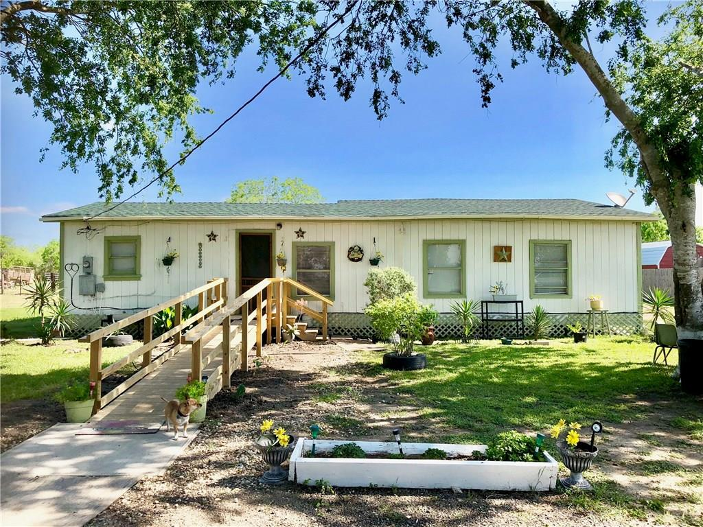 140 County Road 363, Mathis, TX 78368
