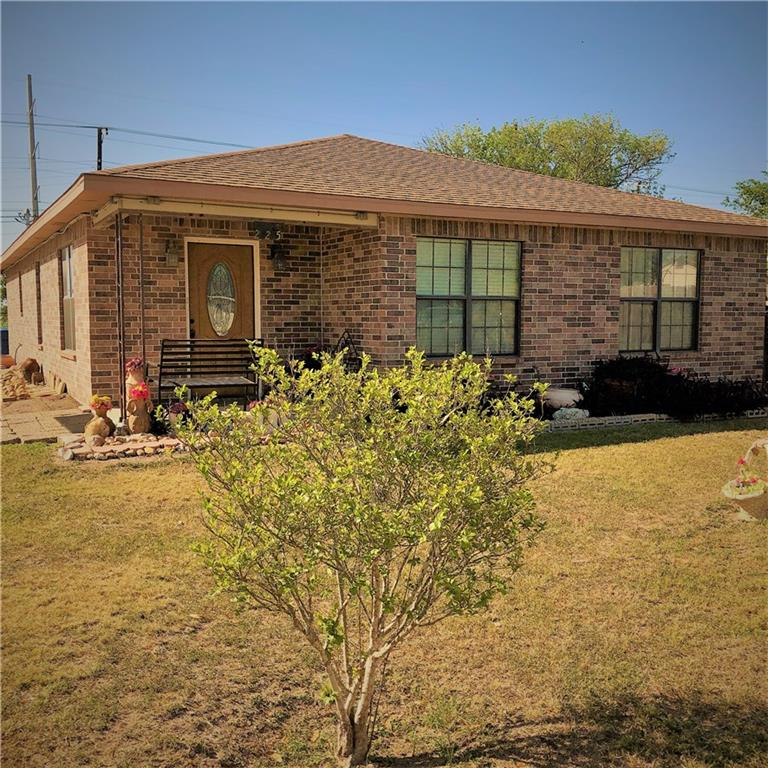 225 Orange St, Mathis, TX 78368