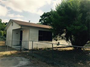 611 Lopez St, Robstown, TX 78380