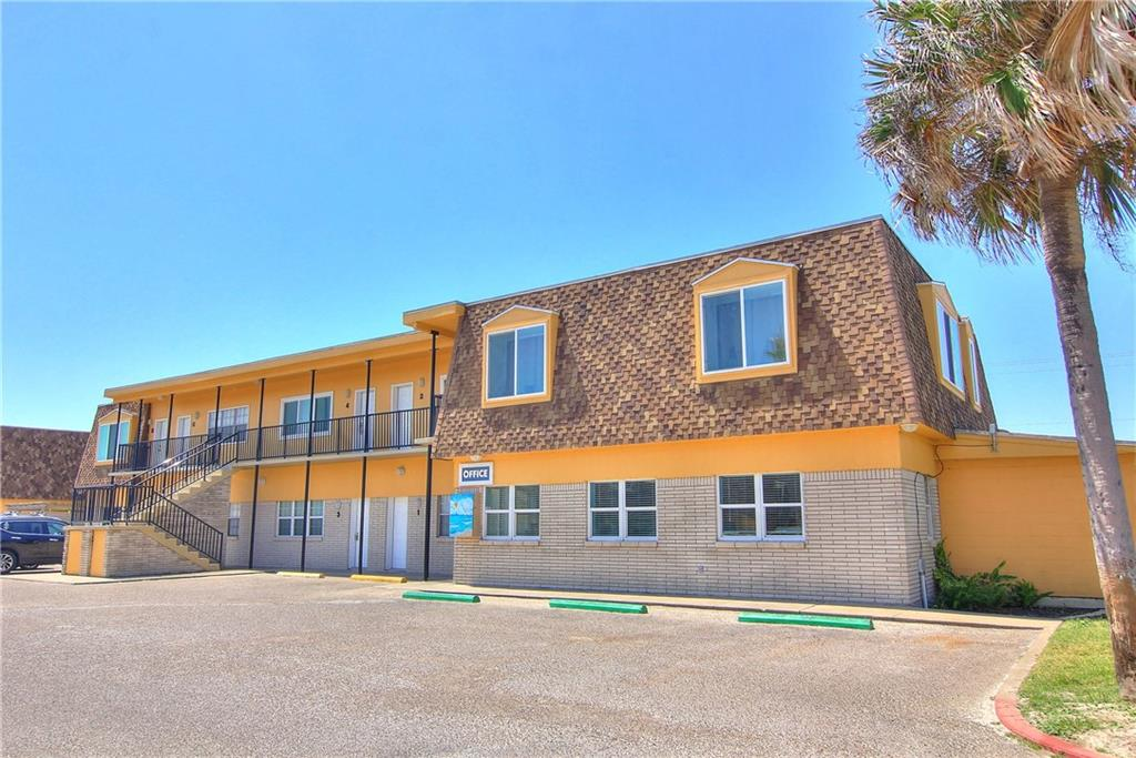 700 Island Retreat, Port Aransas, TX 78373