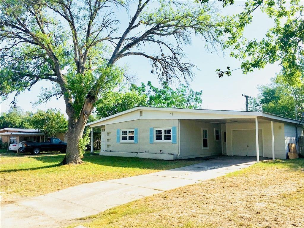 1015 Highland Ave, Alice, TX 78332