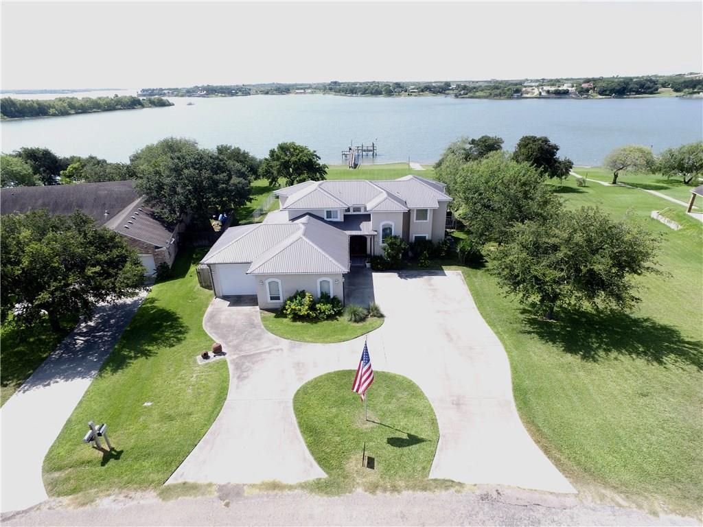 247 Lakeshore Dr, Sandia, TX 78383