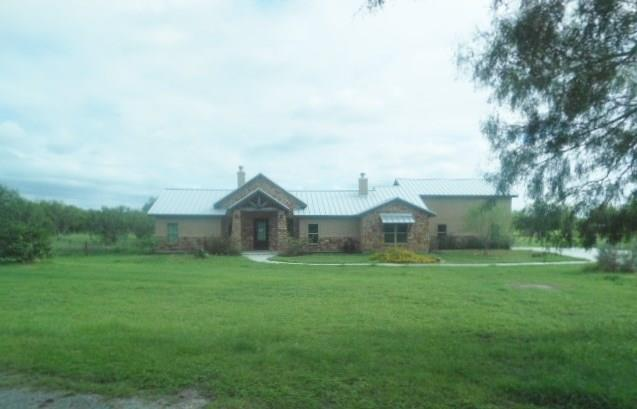 21055 Mcmurray, Mathis, TX 78368