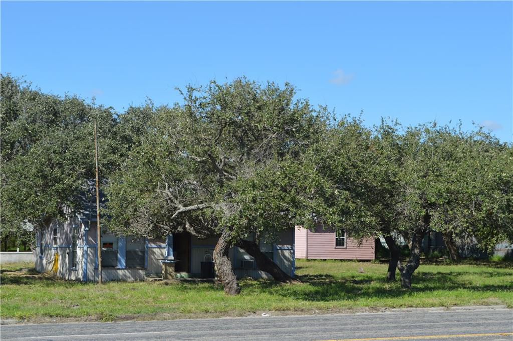 1720 S Commercial St, Aransas Pass, TX 78336