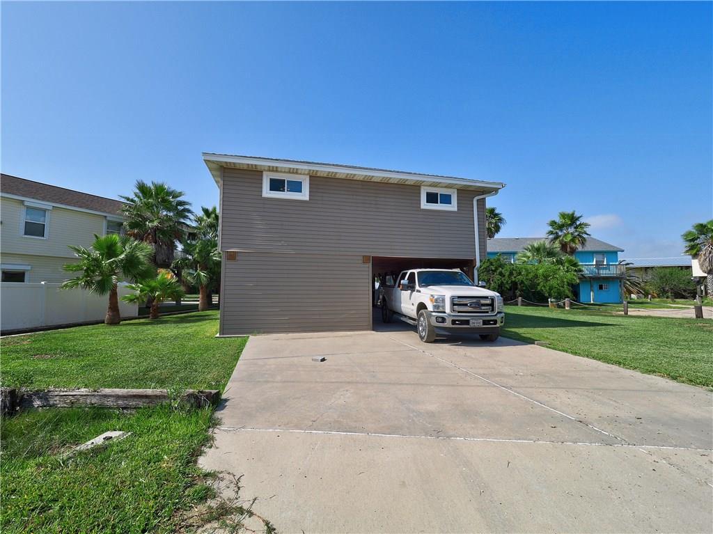 610 Dolphin Circ, Port Aransas, TX 78373