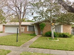 3222 Casa Blanca Dr, Corpus Christi, TX 78411