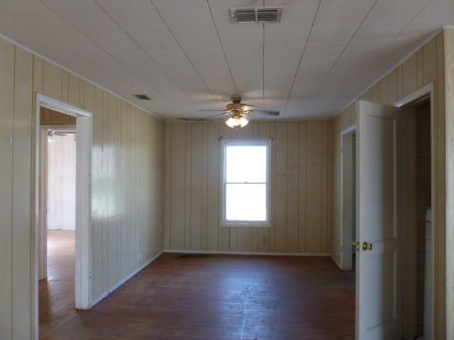 613 Tutt Ave, Taft, TX 78390