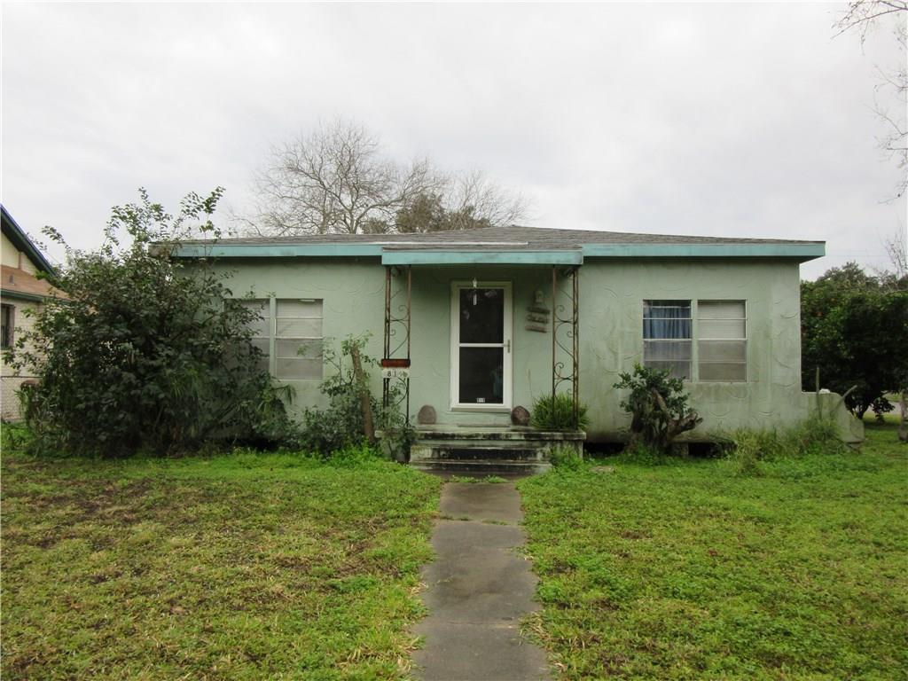 819 W Alice Ave, Kingsville, TX 78363