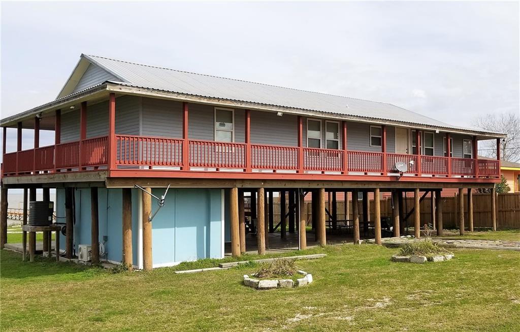 424 Egery Island Dr, Taft, TX 78390