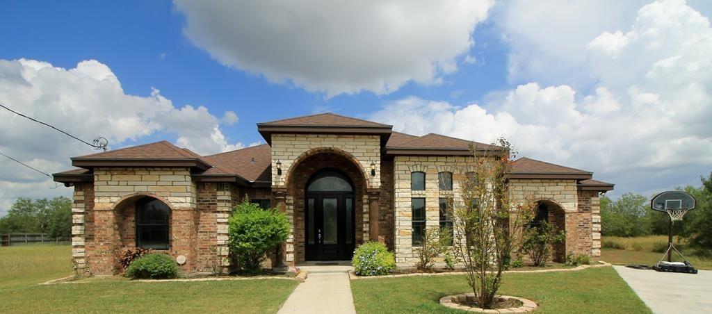 308 Reidda Dr, Kingsville, TX 78363
