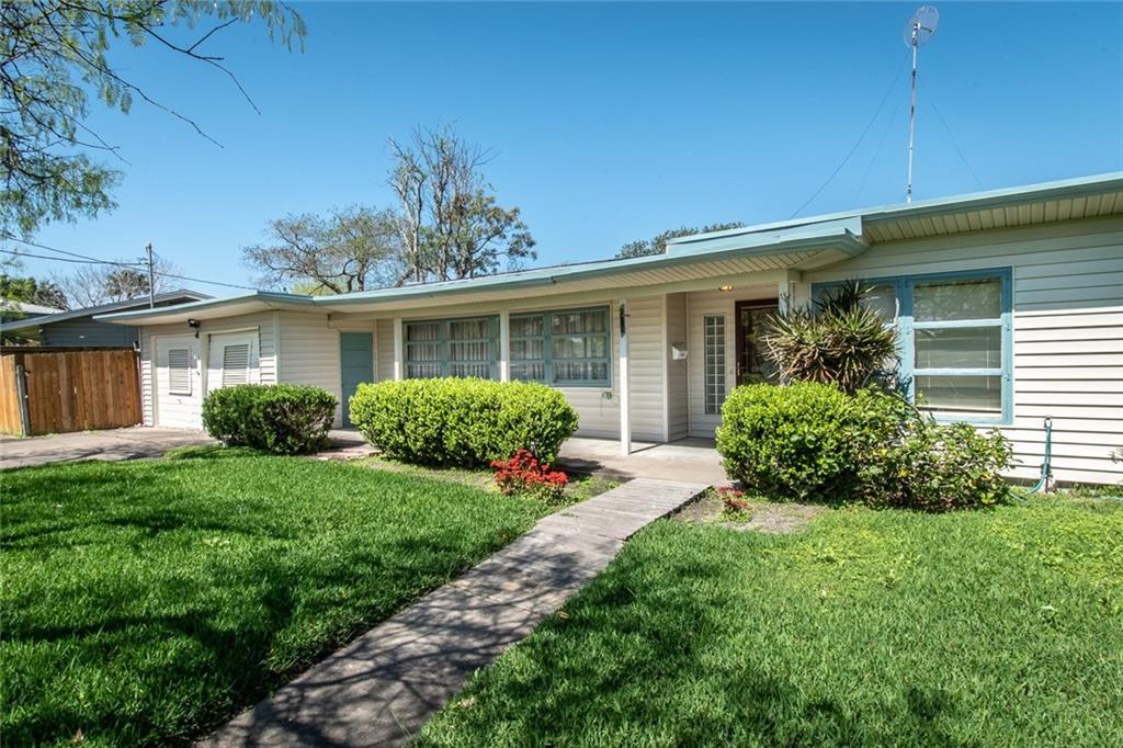 238 Aberdeen Ave, Corpus Christi, TX 78411