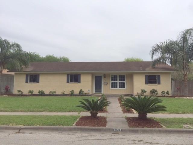 241 Briarwood Dr, Kingsville, TX 78363