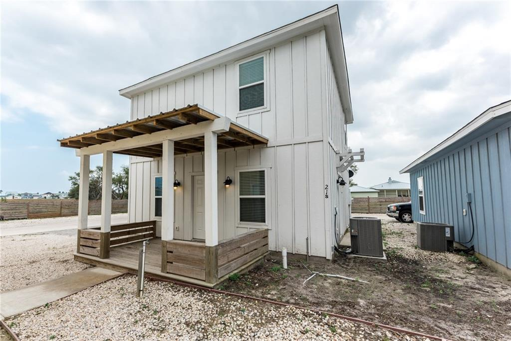 4214 Hwy 35 South (business), Rockport, TX 78382