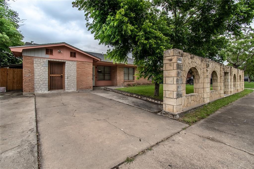 5830 Glen Arbor Dr, Corpus Christi, TX 78412