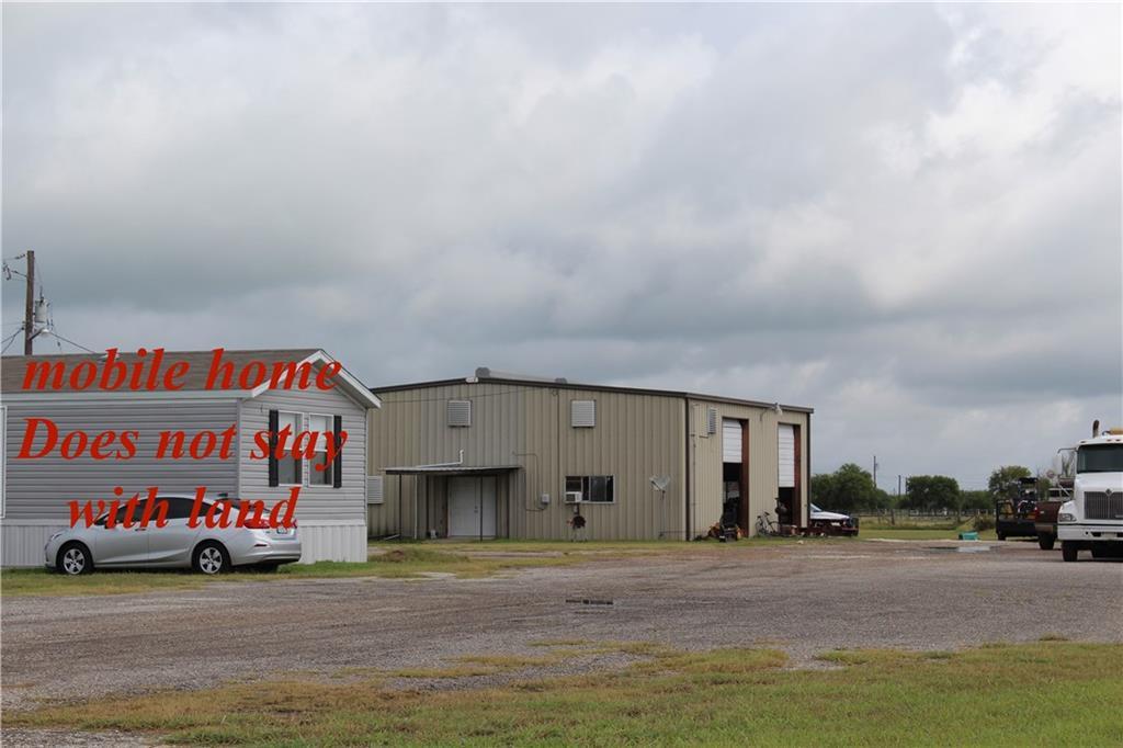 12746 County Road 1344, Sinton, TX 78387