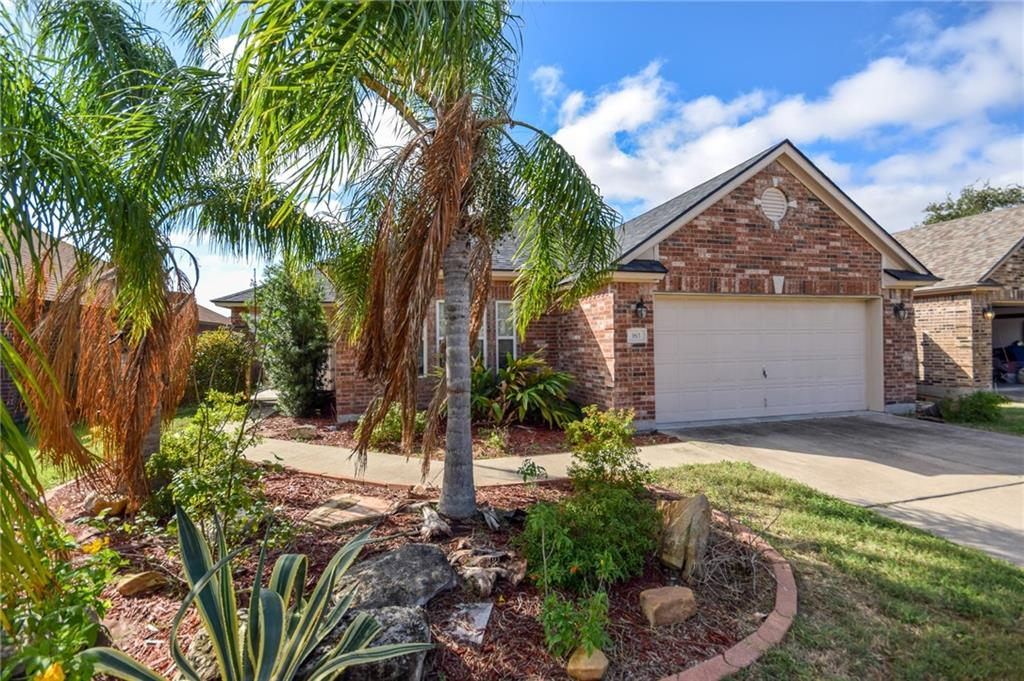 163 Whistlers Cove Road, Rockport, TX 78382