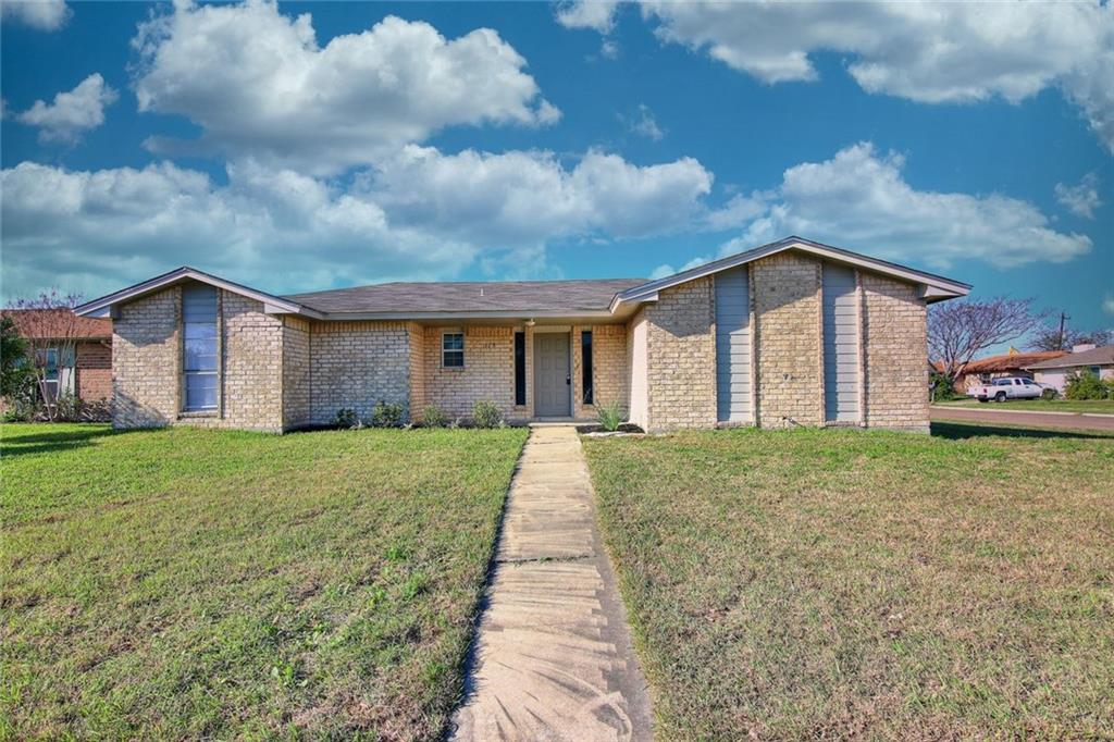 115 Timberview Dr, Portland, TX 78374