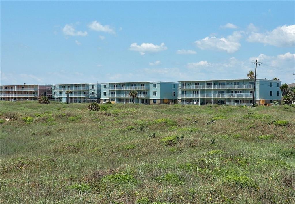 700 Island Retreat Ct, Port Aransas, TX 78373