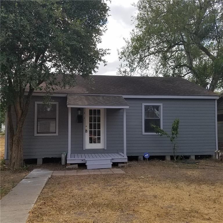 818 Jefferson St, Alice, TX 78332