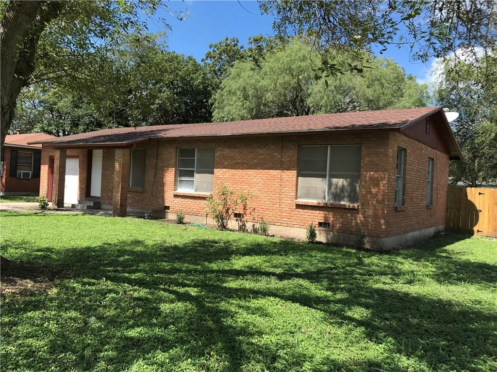 1008 W Third St, Alice, TX 78332