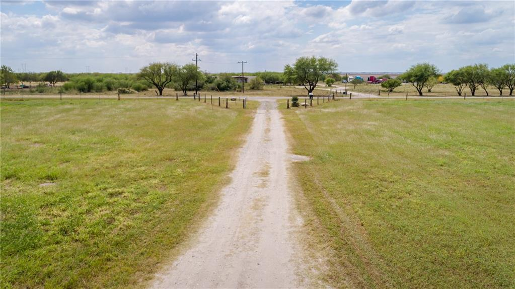 6730 La Paloma Dr, Bishop, TX 78343