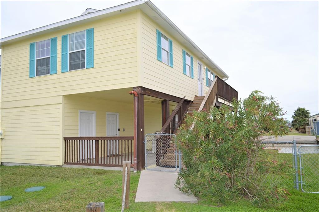 113 Pintail Lane, Rockport, TX 78382