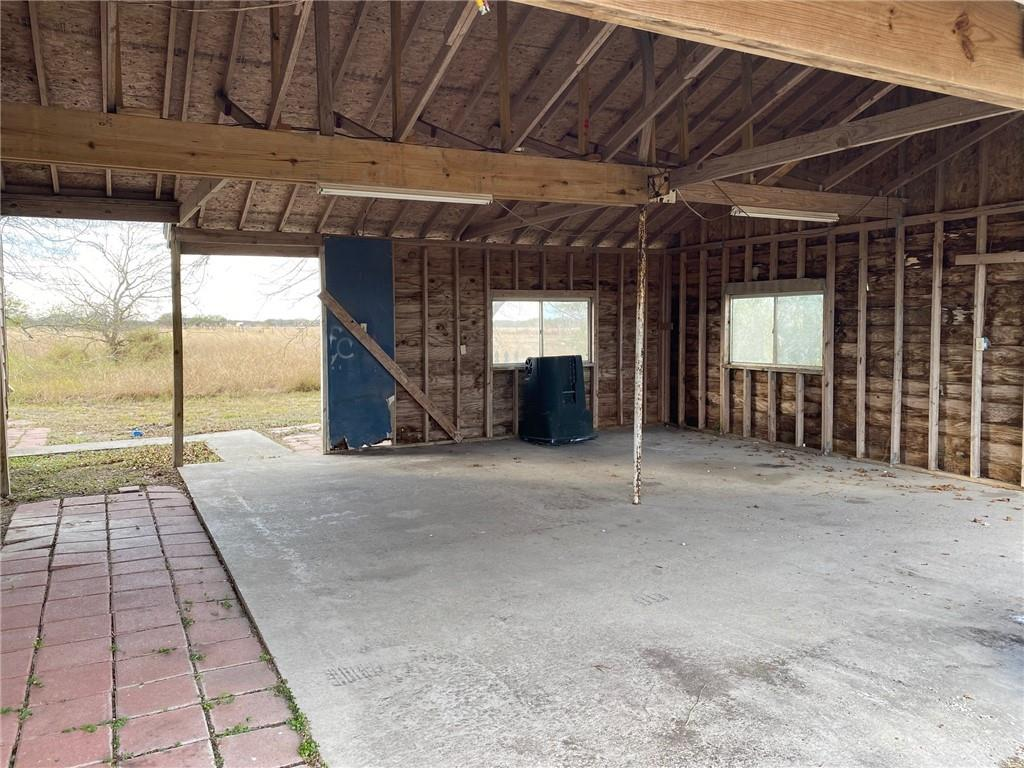 5437 County Road 1525, Odem, TX 78370