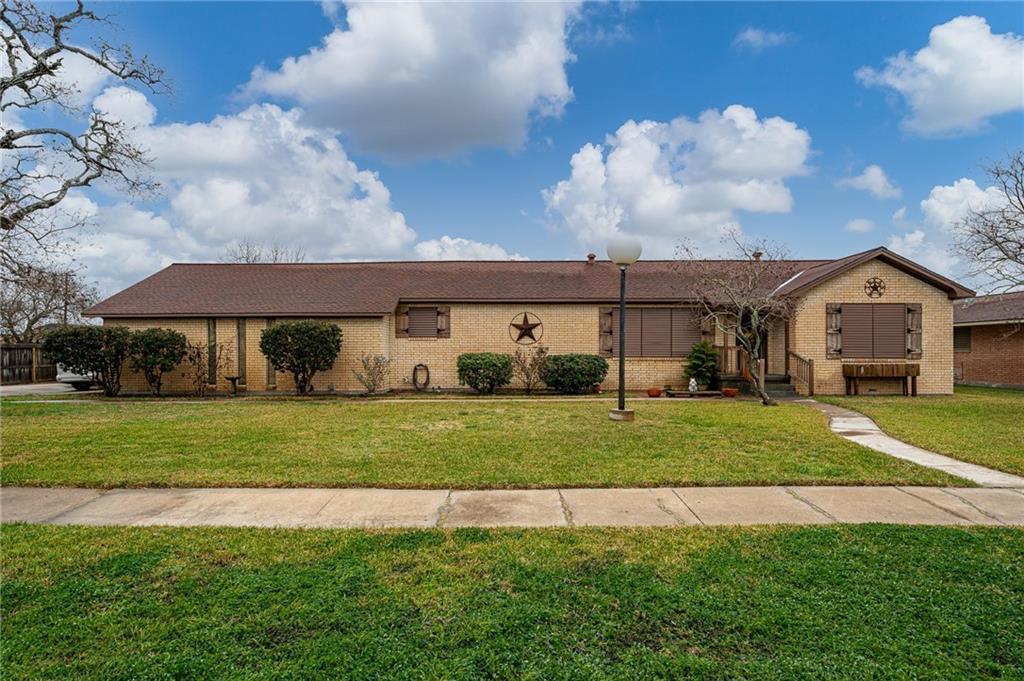 2596 San Angelo Ave, Ingleside, TX 78362