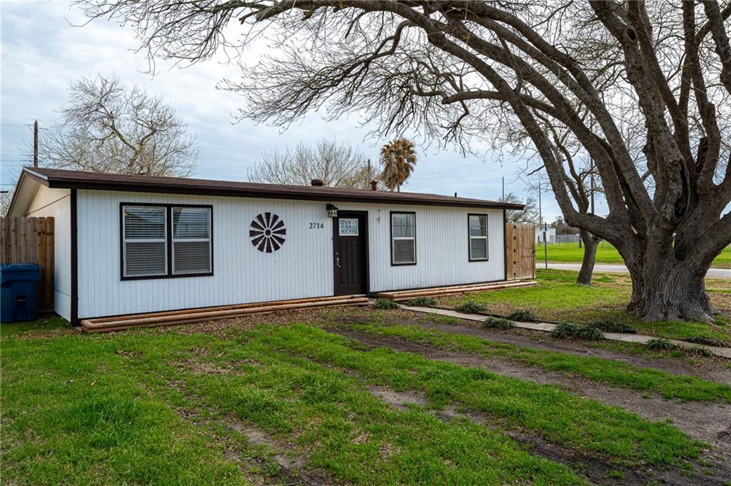2714 Houghton Ave, Ingleside, TX 78362