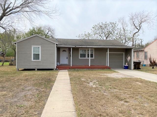 809 E Shelton St, Kingsville, TX 78363