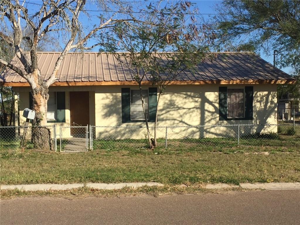 401 E Linar St, Hebbronville, TX 78361