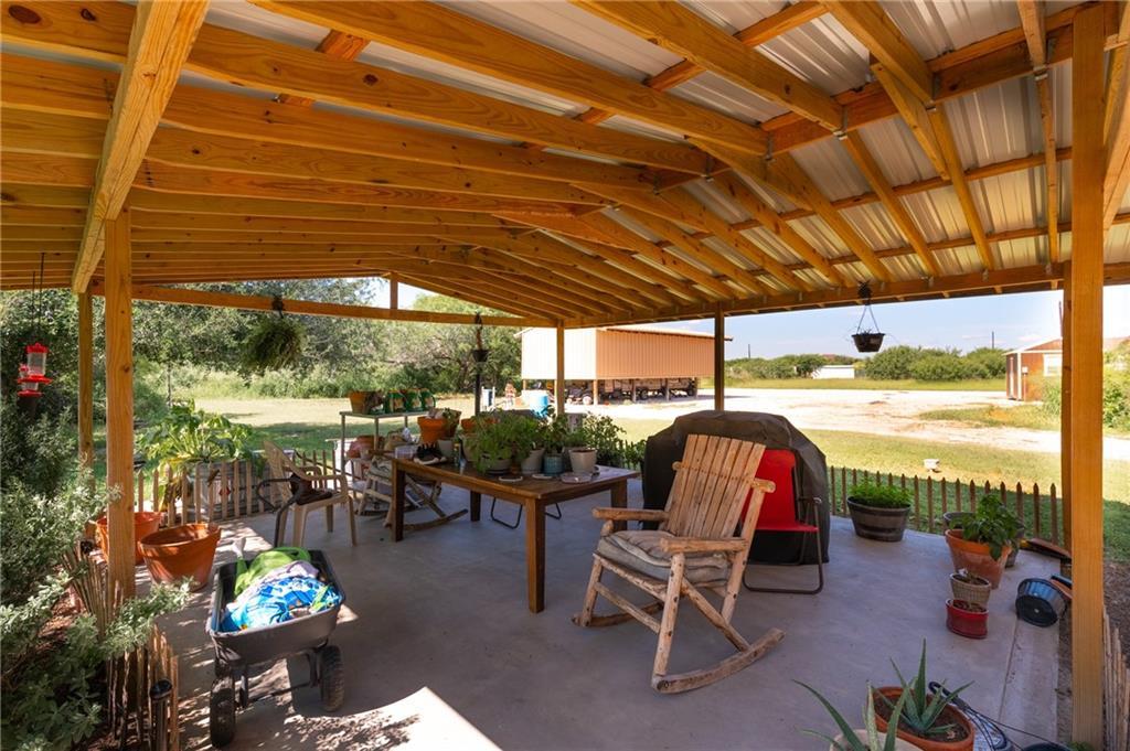 1020 W Escondido, Kingsville, TX 78363