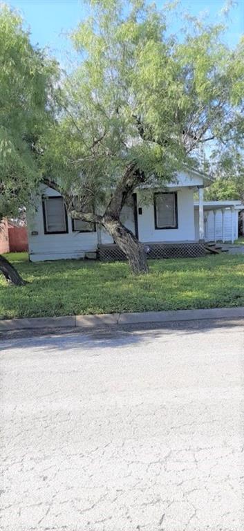 511 W Avenue B, Kingsville, TX 78363