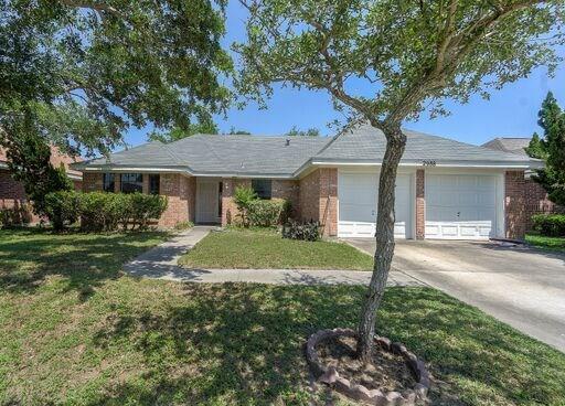 2988 Lakeview East Dr, Ingleside, TX 78362