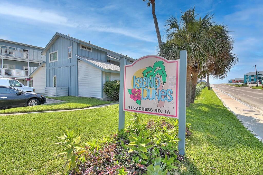 715 Beach Access Road 1a, Port Aransas, TX 78373