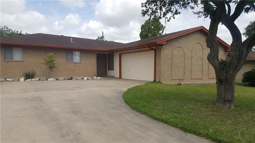 1041 Comal St, Corpus Christi, TX 78407