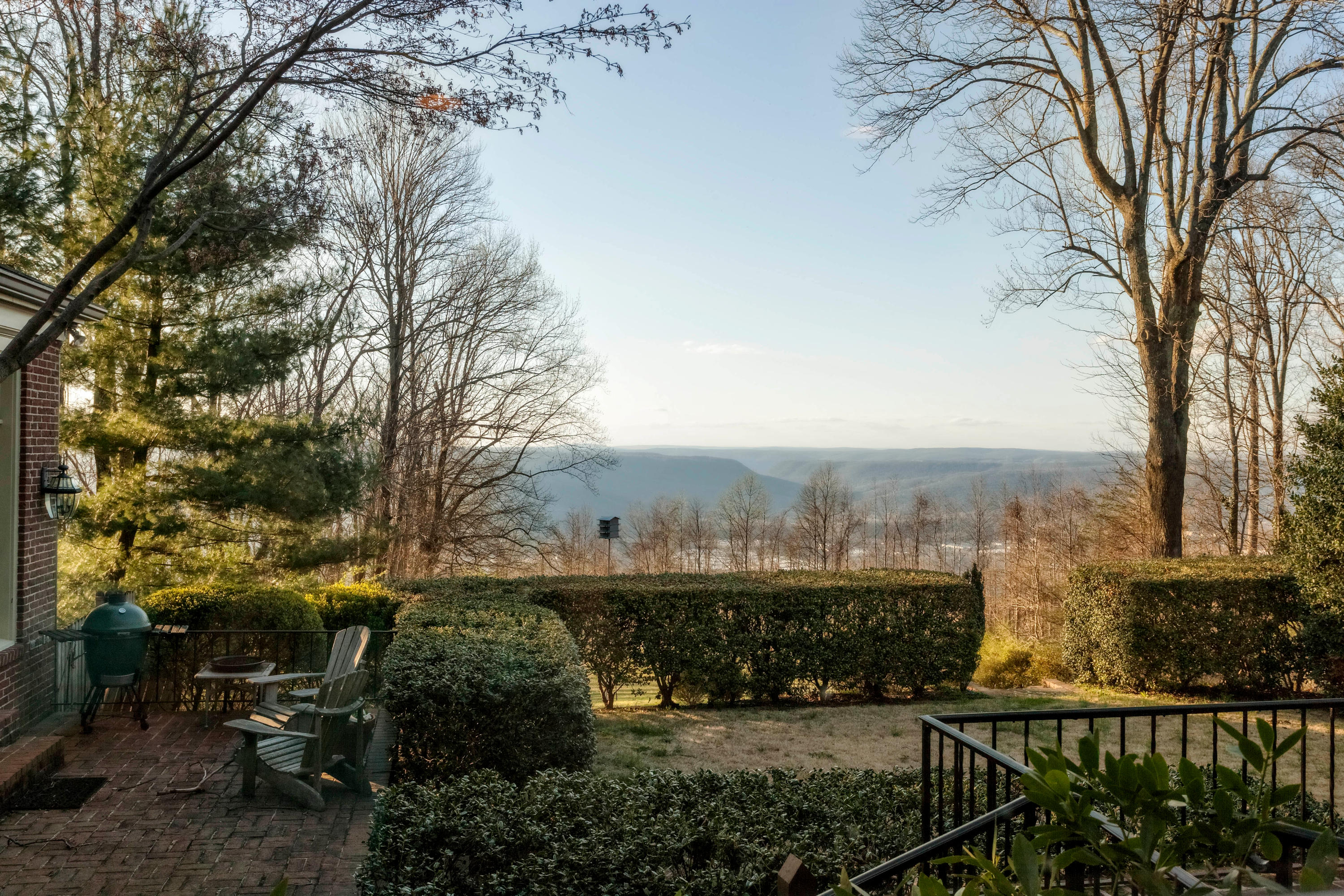 14689 Scenic Hwy, Lookout Mountain, GA 30750