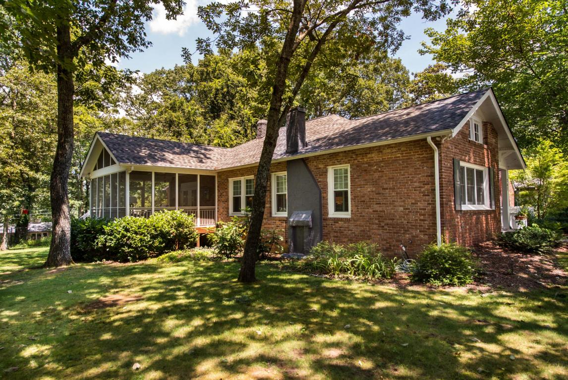 747 James Blvd, Signal Mountain, TN 37377