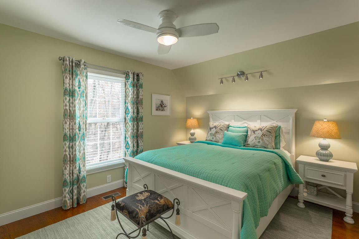 20 Turnberry Ct, Lookout Mountain, GA 30750