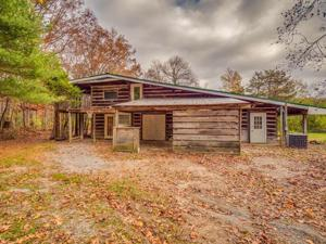 1616 Lula Lake Rd, Lookout Mountain, GA 30750