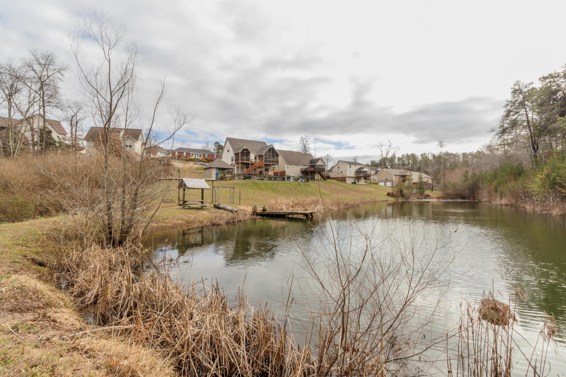 56 Clear Creek Rd, Flintstone, GA 30725