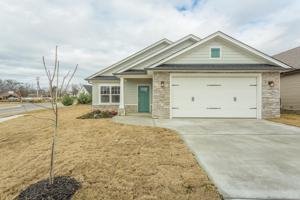 55 Huntley Meadows Dr, Rossville, GA 30741