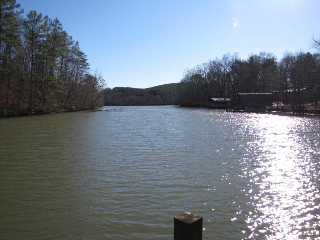 2 County Rd 8, Calhoun, TN 37309