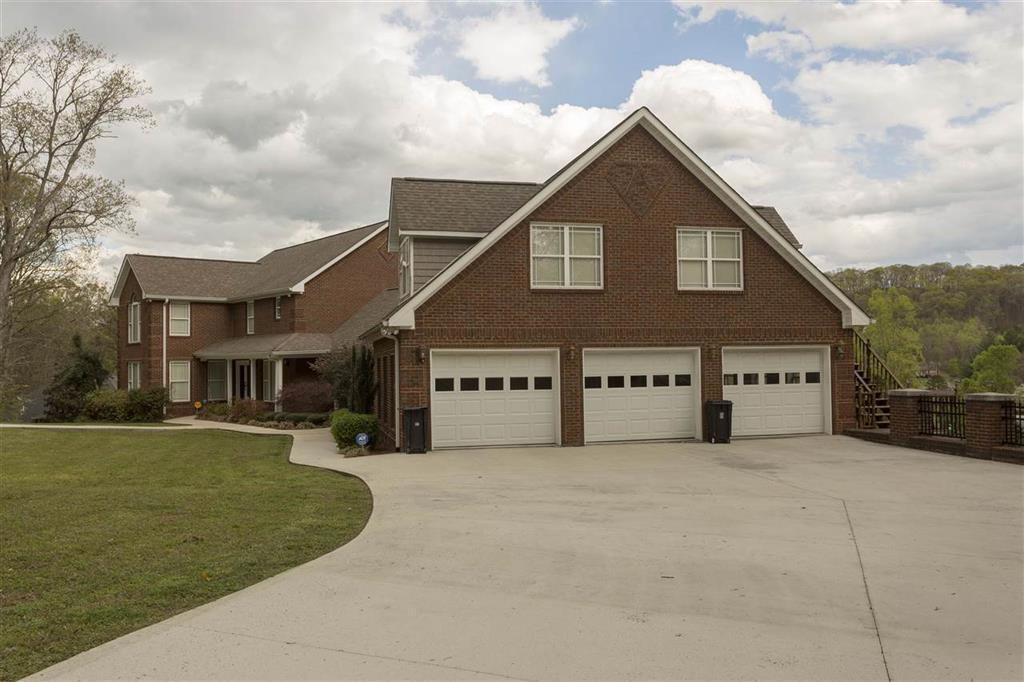 393 Horseshoe Cir, Dayton, TN 37321