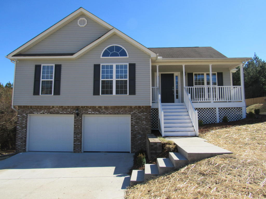 553 Hatch Tr, Soddy Daisy, TN 37379