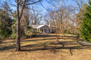 1924 Hidden Harbor Rd, Hixson, TN 37343
