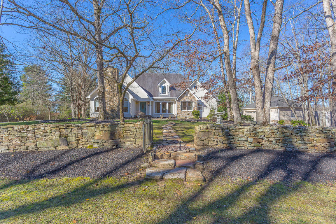 4107 Anderson Pike, Signal Mountain, TN 37377